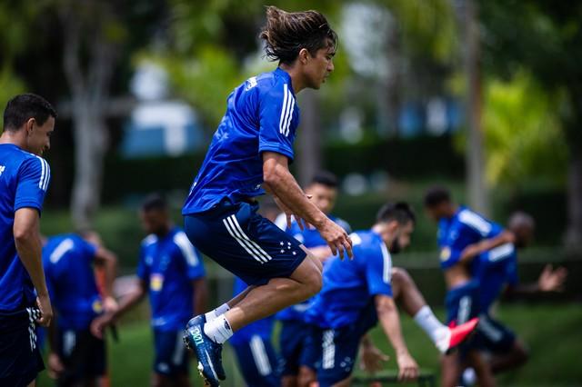 Cruzeiro aguarda BID para ter estreia de Marcelo Moreno contra o Uberlândia.