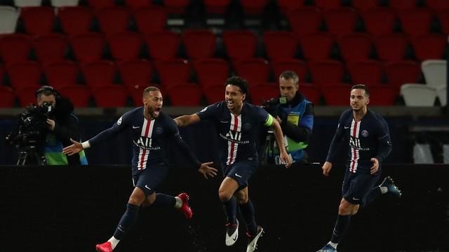 Com gol de Neymar, PSG vence o Borussia Dortmund e espanta o fantasma das oitavas da Liga dos Campeões.