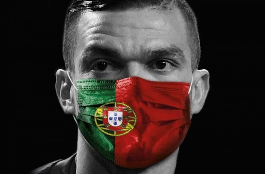 Pepe coloca máscara com bandeira de Portugal e entra na campanha contra a Covid-19.