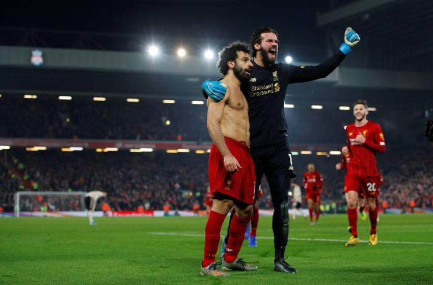 Liga apoia cerimônia com entrega de troféu ao Liverpool e mostra otimismo para volta do Inglês.
