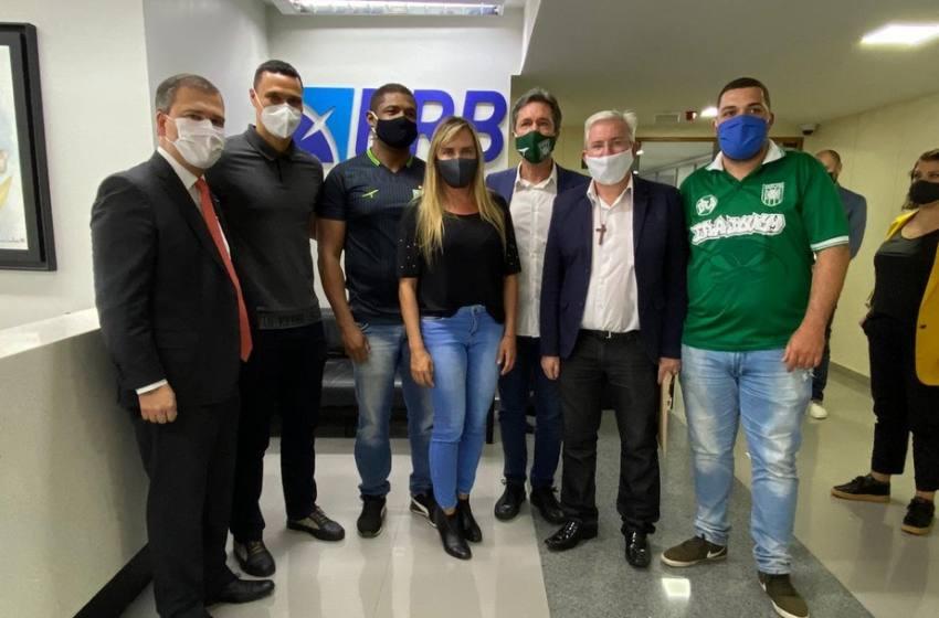 Após cobrança, governo do DF promete programa de patrocínio do BRB ao futebol de Brasília.
