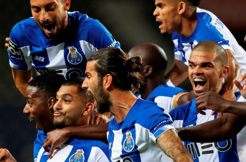 Porto vence Marítimo no Dragão, reassume a liderança da Liga NOS e fica dois pontos à frente do Benfica.