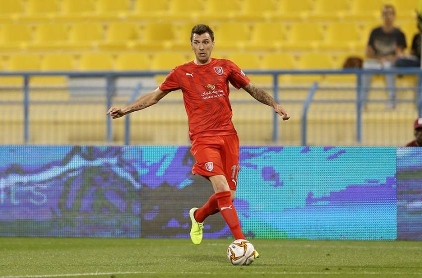 Clube interessado em Dudu rescinde com Mandzukic e abre vaga de estrangeiro.