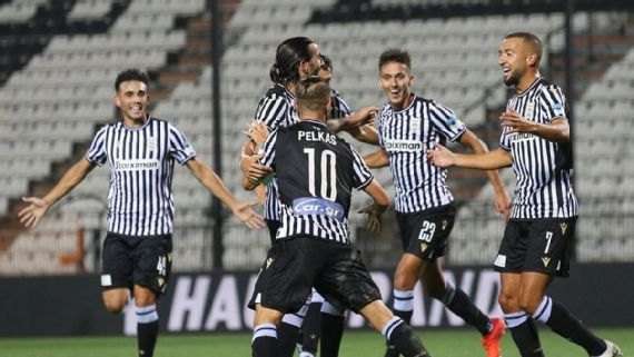 Na estreia de Jorge Jesus, Benfica perde para o PAOK com Cebolinha e Pedrinho titulares e está fora da Champions.