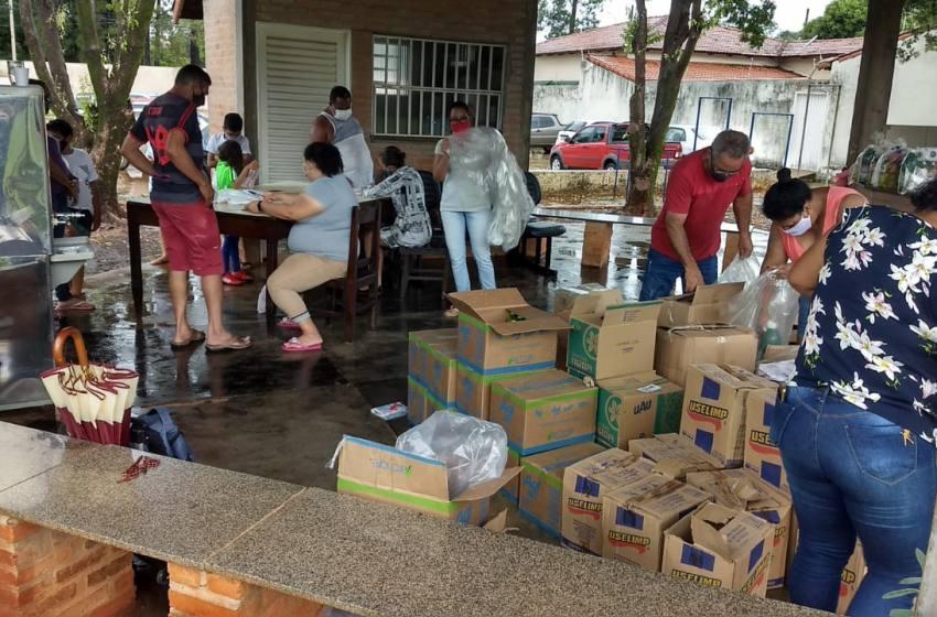 Projeto Atleta Cidadão entrega Cestas de Alimentos e de Limpeza em Paracatu.