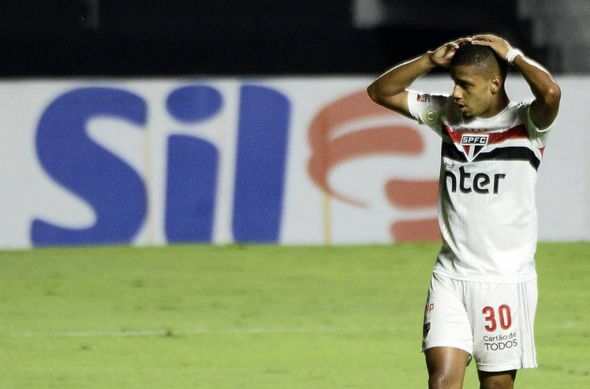 """Análise: São Paulo perde brilho, esquece o """"melhor futebol do Brasil"""" e G-4 passa a ser lucro."""