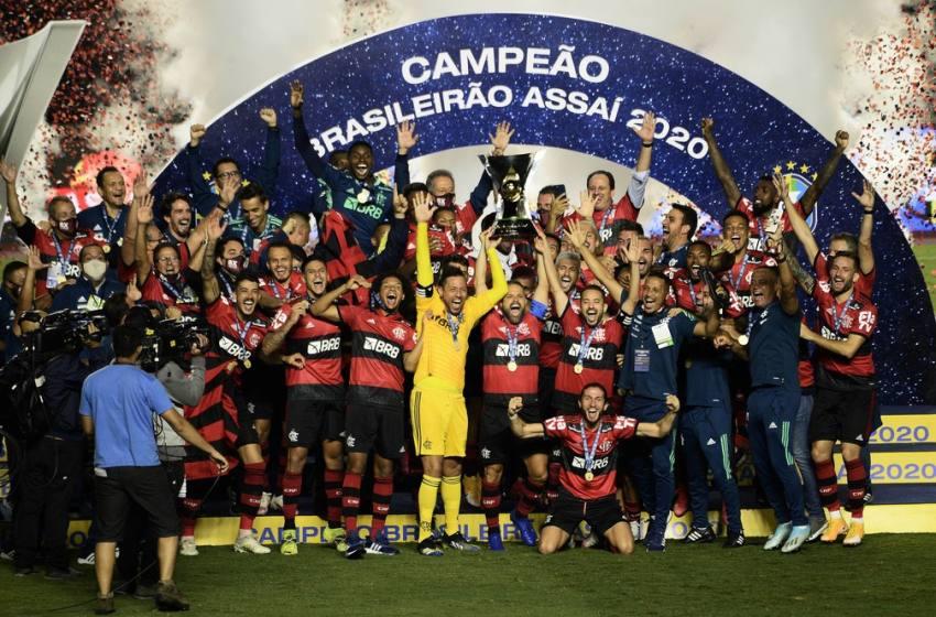 Análise: mesmo atípico, bi brasileiro eleva atual geração do Flamengo a novo patamar na história do clube.