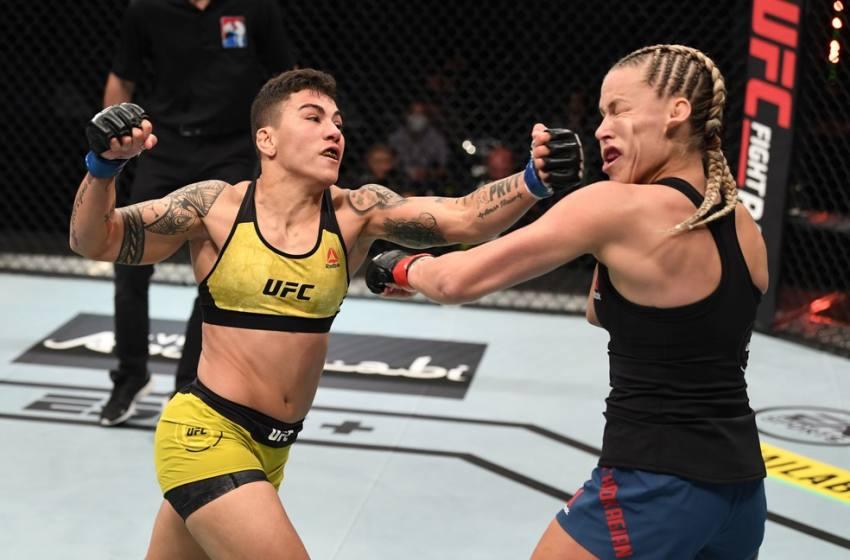 """UFC 261: Bate-Estaca sonha com título de nova categoria: """"Vou colocar meu nome na história""""."""