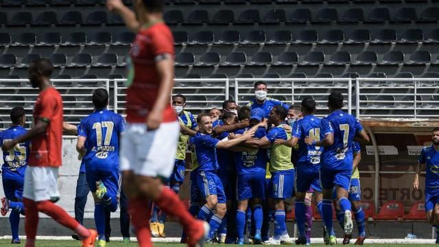 Cruzeiro vence o Boa no Estádio Melão em Varginha.