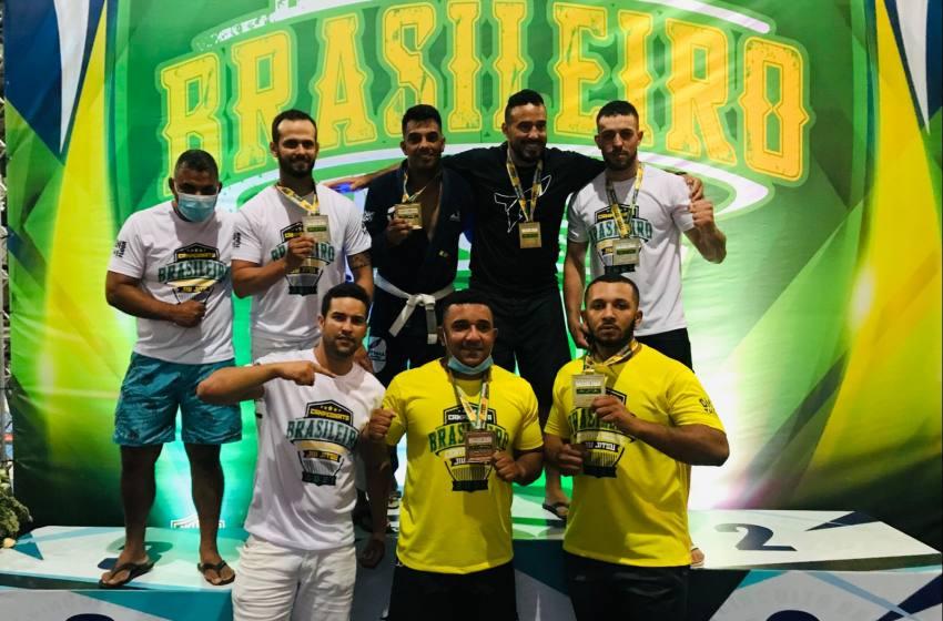 Equipe Totinha de Jiu Jitsu de João Pinheiro é destaque no Campeonato Brasileiro no Distrito Federal.