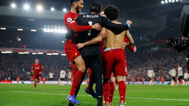 Mais líder do que nunca: Liverpool vence clássico com United e abre 16 pontos na ponta