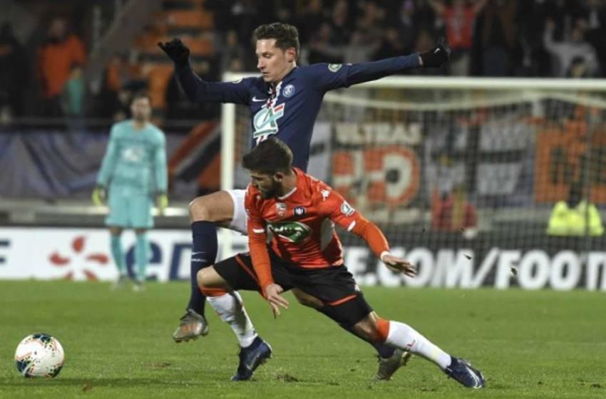 Sem Neymar e Mbappé, PSG sofre, mas se classifica na Copa da França