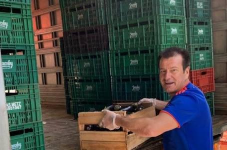 Dunga arrecada 10 toneladas de alimentos para doações no combate ao coronavírus.