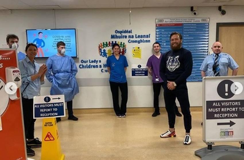 Conor McGregor entrega equipamento médico avaliado em € 1,3 milhão a hospital na Irlanda.