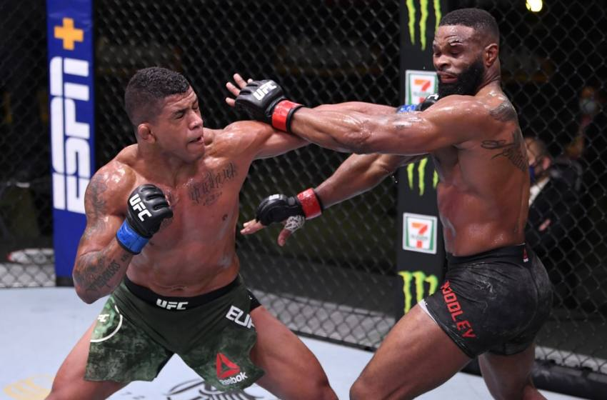 """UFC premia shows de Mackenzie Dern e Gilbert Durinho com US$ 50 mil pelas """"Performances da Noite""""."""