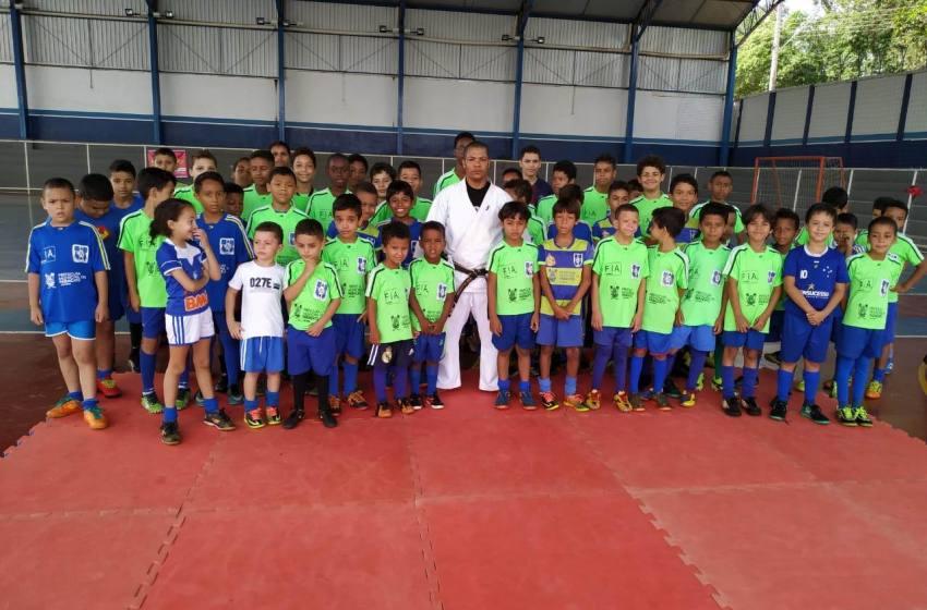 Projeto Atleta Cidadão, parabeniza todas as crianças pelo seu dia.