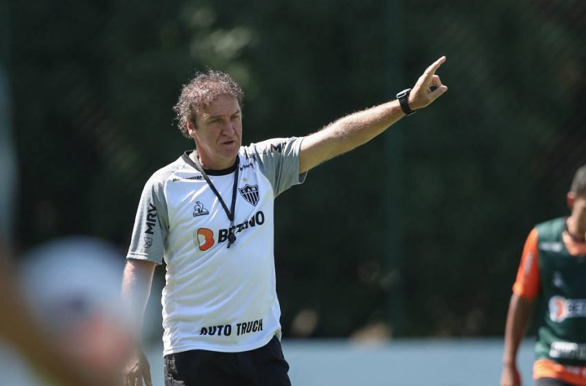 Após 1º tropeço em estreia de Libertadores na carreira, Cuca tem pressão alta já na 2ª rodada com o Atlético-MG.