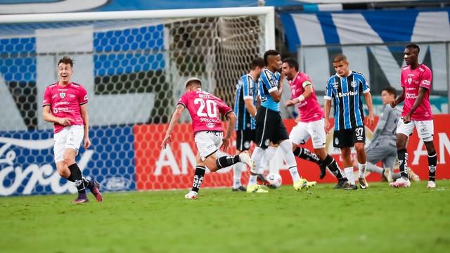 Eliminado: Grêmio volta a perder para o Del Valle e dá adeus à Libertadores.