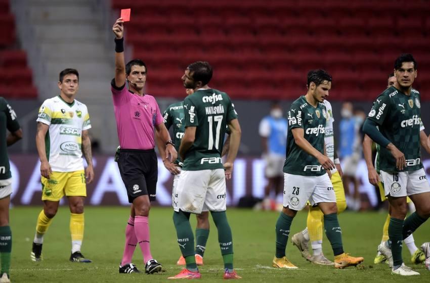 Análise: Palmeiras antecipa provável emoção da Libertadores e volta de Brasília sem título.