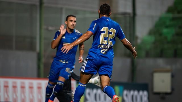 Reservas decidem para o Cruzeiro, que vence Coimbra e vai ao 3º lugar do Mineiro.