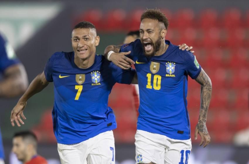 Neymar chega a 11 gols nas Eliminatórias e iguala Zico e Romário na artilharia da competição.