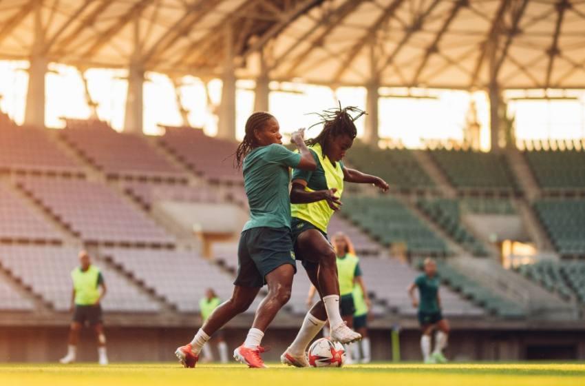 Seleção Feminina treina com foco na estreia na Olimpíada diante da China.