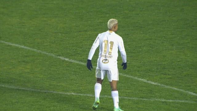 Em jogo com apagão no Bento Freitas, Brasil e Cruzeiro empatam sem gols.