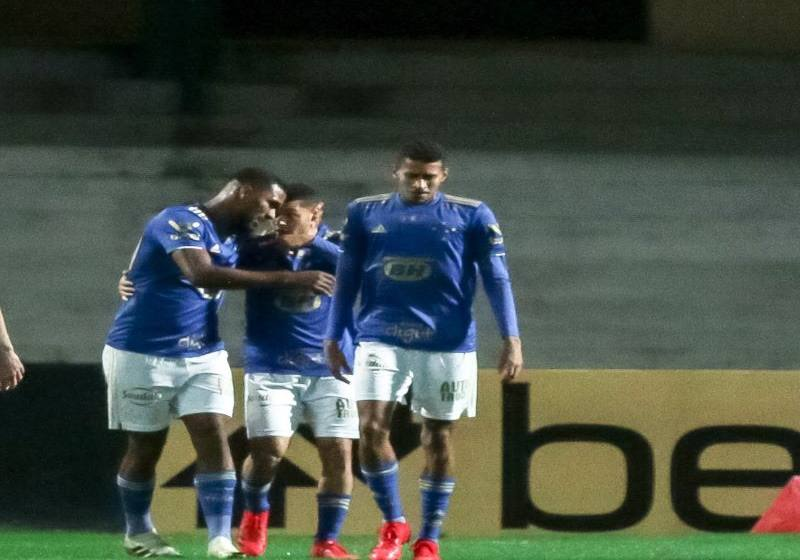 Regido por jovens, Cruzeiro dá golpe de autoridade e tem melhor atuação em mais de dois anos.