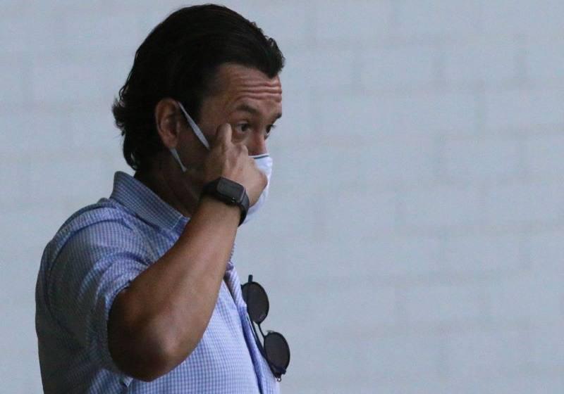 Presidente do Cruzeiro não viabiliza recurso para quitar atrasados e encerrar greve.