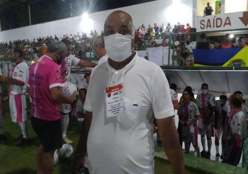Máster  Flamengo goleia a Seleção  Anmecc em noite de gala no Estádio Urbano Adjuto.