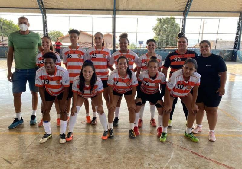 Equipe Braga Futebol Clube conquista o Torneio de Futsal Feminino de Paracatuense.